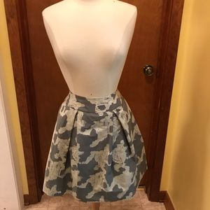 Kate Spade Grey Abstract Print Pleated Skirt, Sz 6
